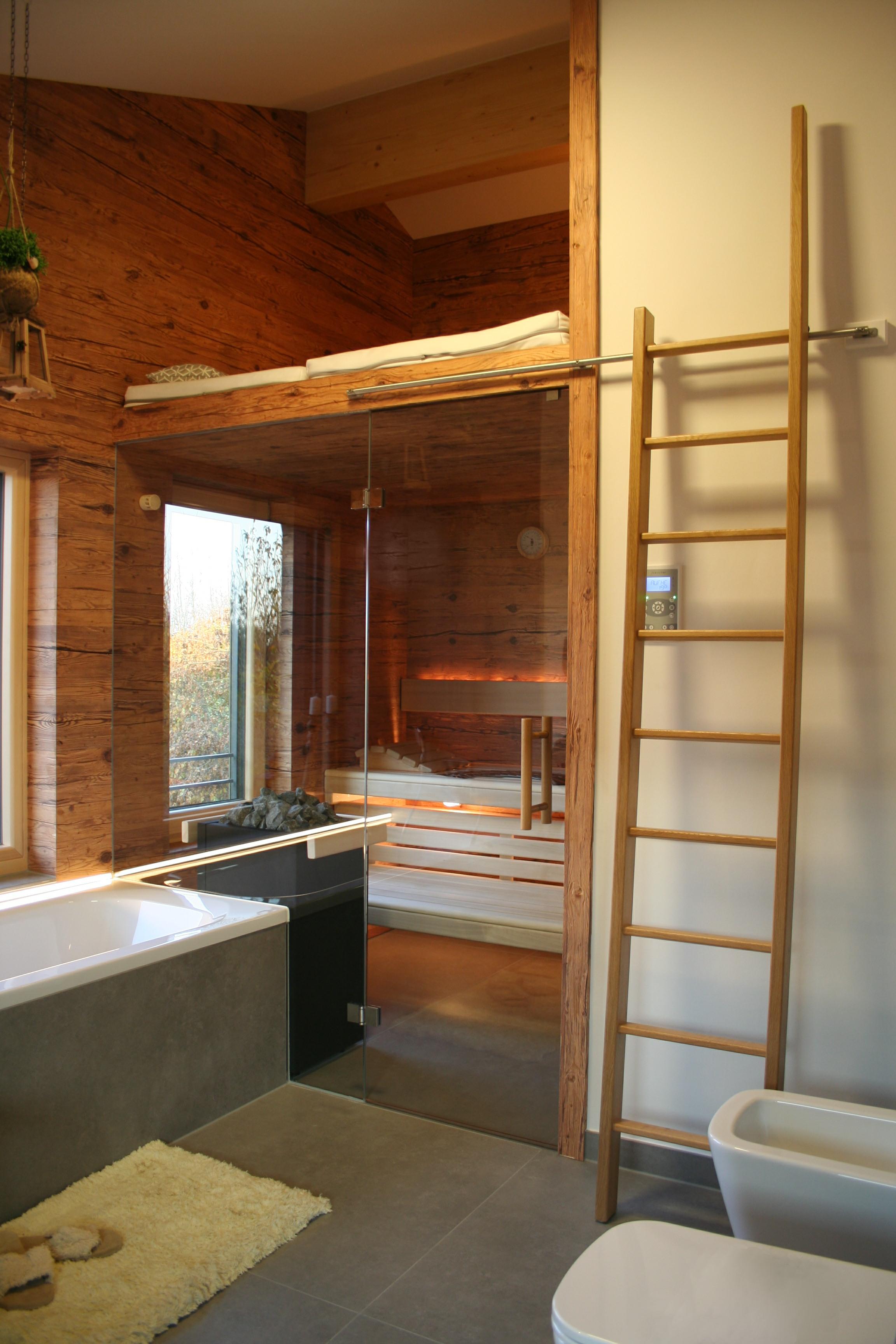 Rustikal grandl sauna und innenausbau gmbh - Badezimmer sauna ...
