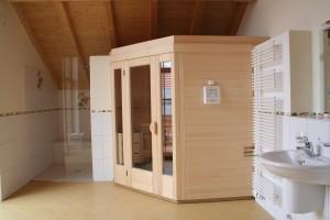 5-Eck Sauna im Bad